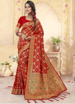 Weaving Banarasi Silk Trendy Saree in Red