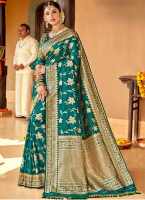 Weaving Silk Classic Saree in Green