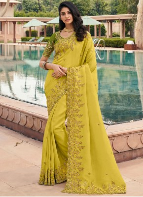 Whimsical Classic Saree For Ceremonial